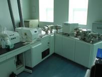 多接收器-电感耦合等离子体质谱仪(MC-ICP-MS)